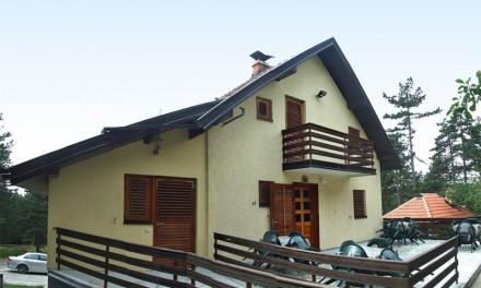 Na prodaju kuća na Kaluđerskm Barama
