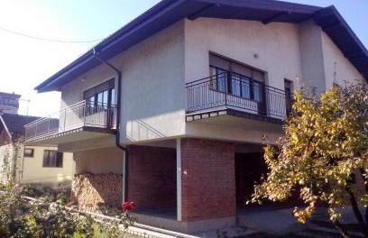 Na prodaju kuća od 160m2 kod Pošte