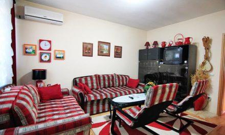 Na prodaju stan u Bajinoj Bašti (broj 20) u ulici Milana Obrenovića broj 35.