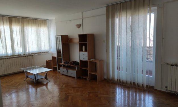 Prodajem stan u Bajinoj Bašti od 90 m2
