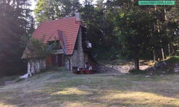 Prodajem kamenu kuću  na Bulibanovcu na Tari.